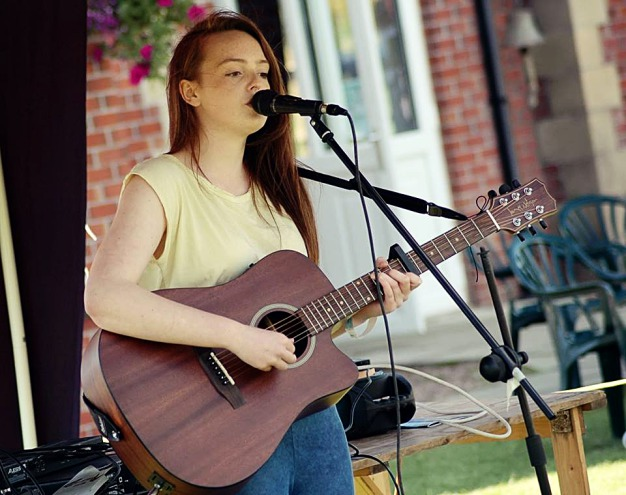 Crewe Singer-Songwriter Louise Green