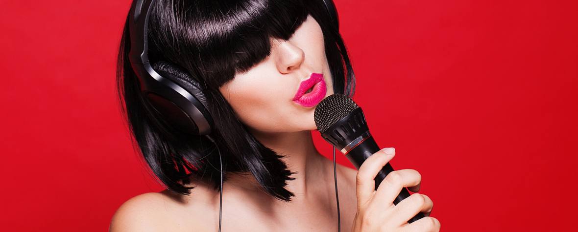 Arena studio singing lessons in Crewe